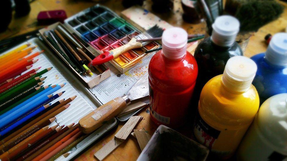 Obraz prezentujący farby